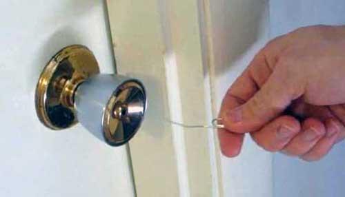 como abrir un candado pequeño sin llave