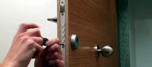 precio cambiar cerradura puerta blindada