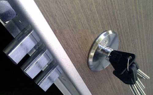 cerraduras para puertas blindadas precios