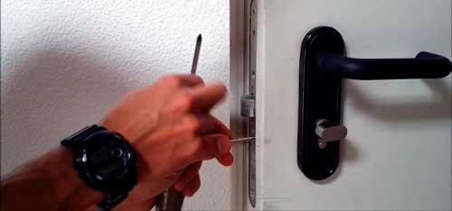 cuanto cuesta cambiar una cerradura de casa