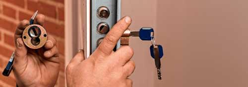 cuanto cuesta cambiar una cerradura de puerta blindada