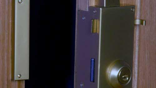lock cutout